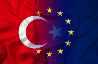 European Commission publishes very critical report on Turkey
