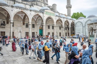 Number of foreigners visiting Turkey on track to reach 45 million in 2019