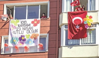 Turkish populace celebrate national day from their balconies