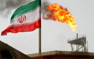 US ends waivers to 8 countries on importing Iranian oil